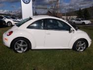 2008 Volkswagen New Beetle Triple White PZEV