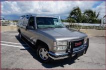 1999 GMC Suburban 1500 2WD