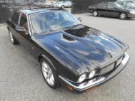 2000 Jaguar XJR Base