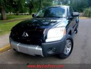 2006 Mitsubishi Raider Duro Cross V8
