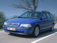 2000 Volvo V40 Base