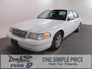 1999 Ford Crown Victoria Base
