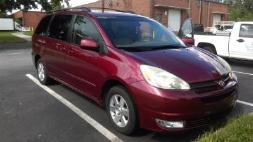 2005 Toyota Sienna XLE