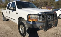 2000 Ford F-250 XL Crew Cab Short Bed 4WD