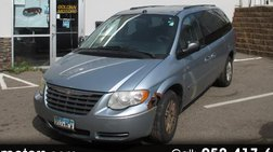 2005 Chrysler Town and Country LX