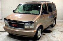 2004 GMC Safari SLT